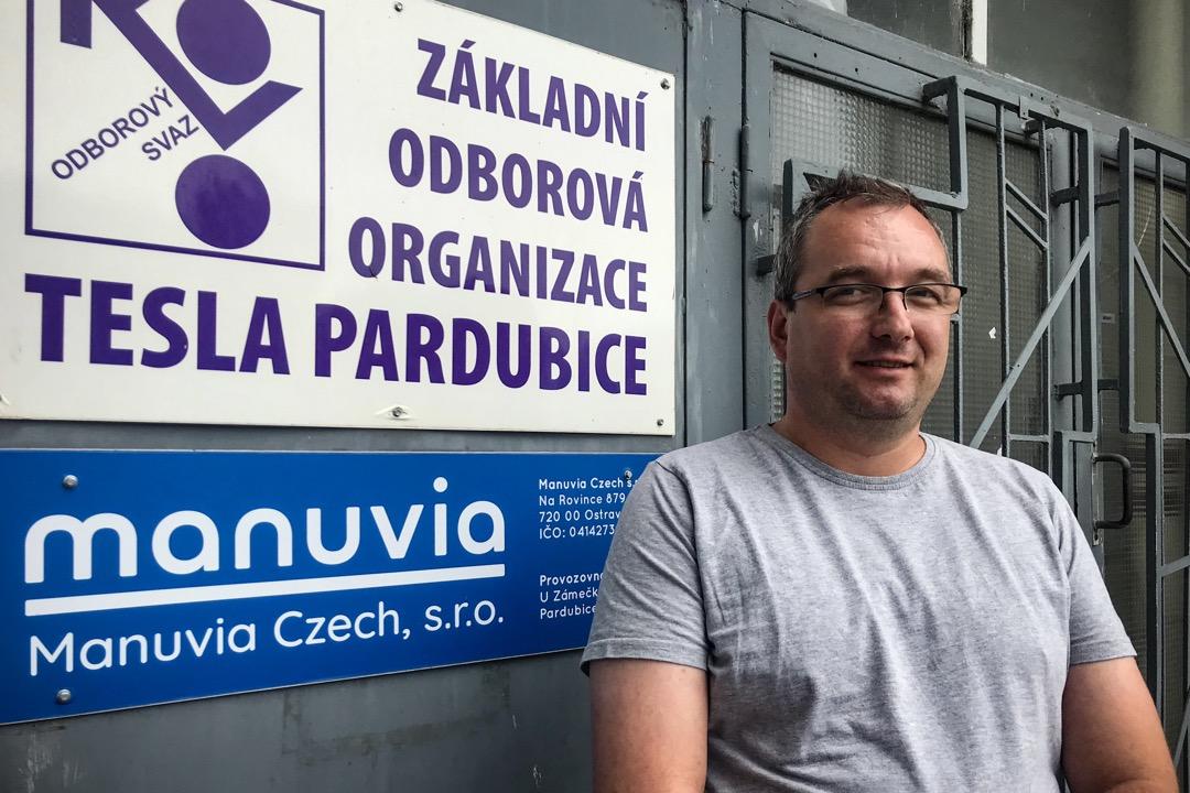 工會依然沿用了Tesla的名字,圖為福馬內克(Tomáš Formánek),他是工會至今唯一的全職人員。