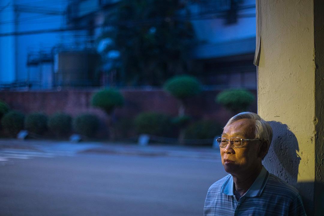 走出陰影後的陳欽生,近年來積極擔任景美國家人權博物館的志工,為各界講述白色恐怖的故事。