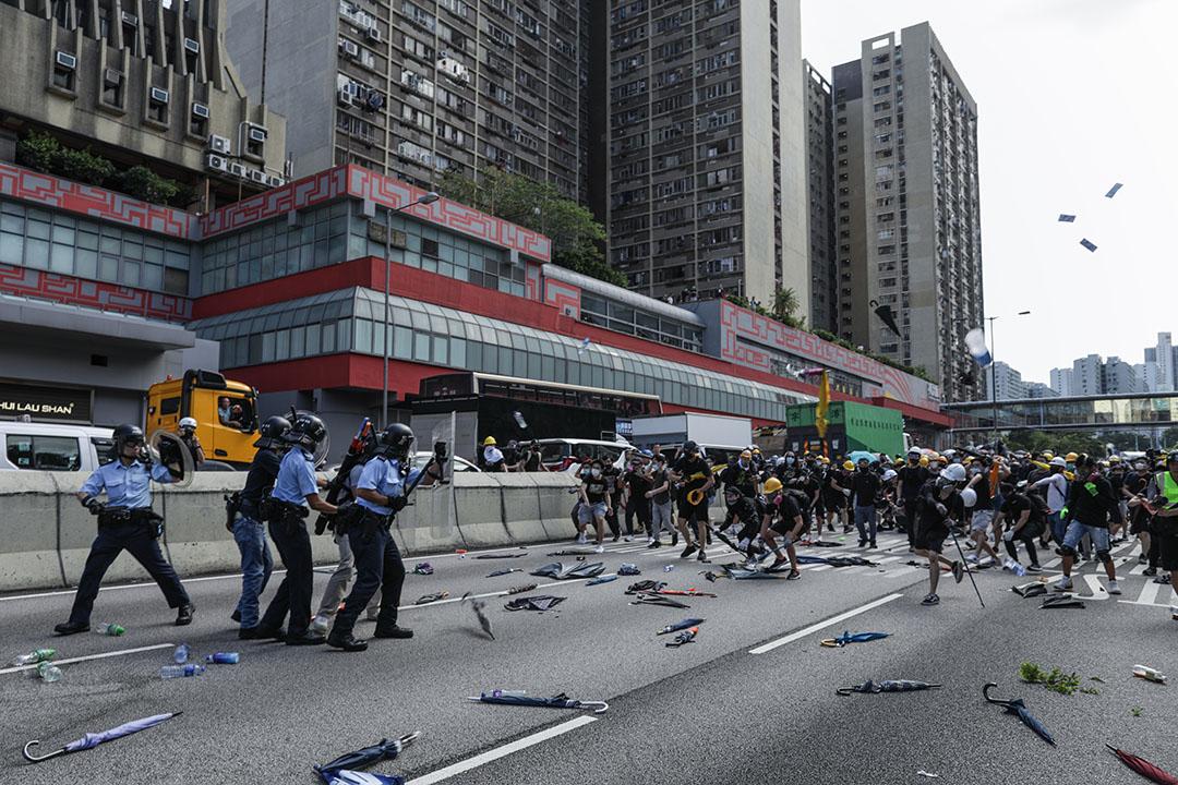 2019年8月5日,黃大仙警察與示威者衝突。