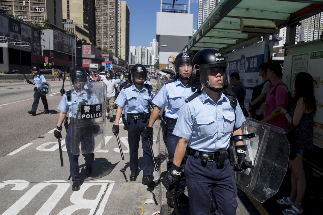 2019年8月5日,早上9時多,龍翔道被多次堵塞,期後警察到場,示威者散去。