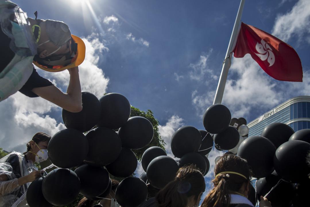 2019年7月1日,示威者在立法會示威區。