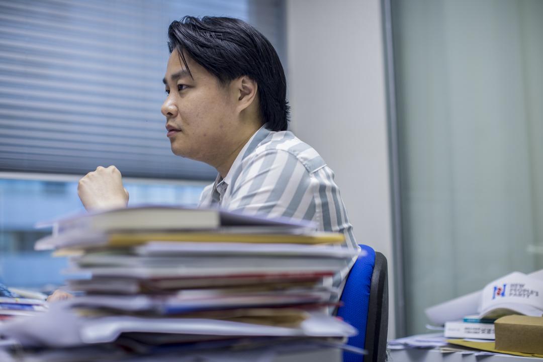 袁彌昌本身為國際政治研究者,從更大的國際局勢分析,他認為反修例運動若沒有新冷戰的大環境,根本就不會去到這個層次。