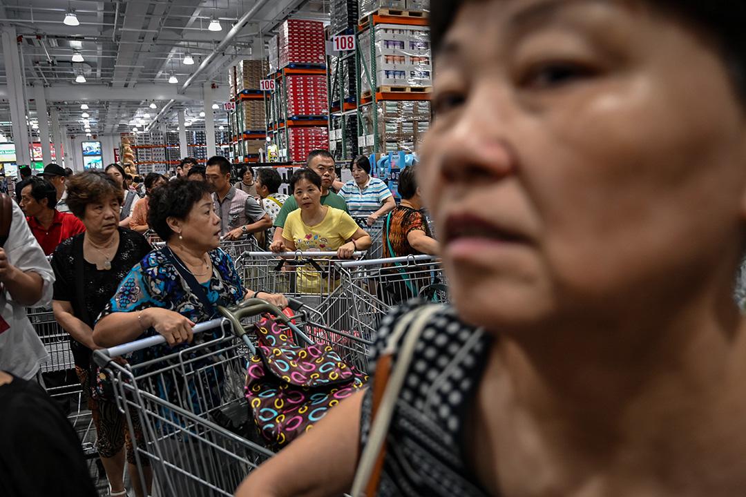 2019年8月27日,美國連鎖大賣場Costco於上海開幕。 攝:Hector Retamal/AFP via Getty Images