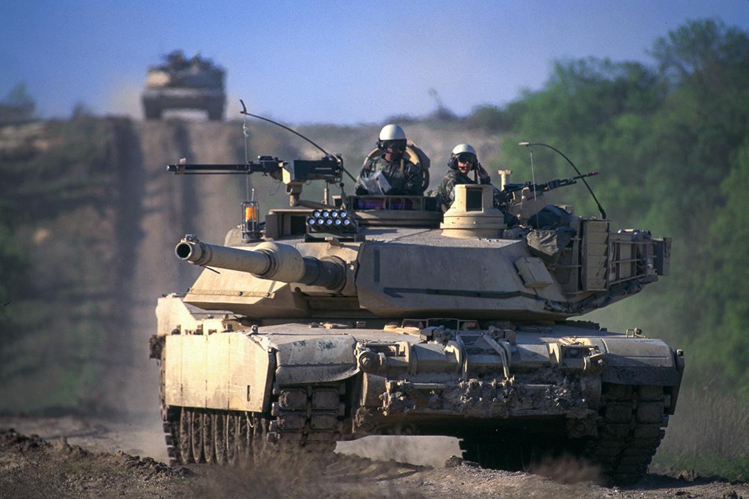 M1A2是公認的地上最強戰車,強悍性能經過多次實戰證實。