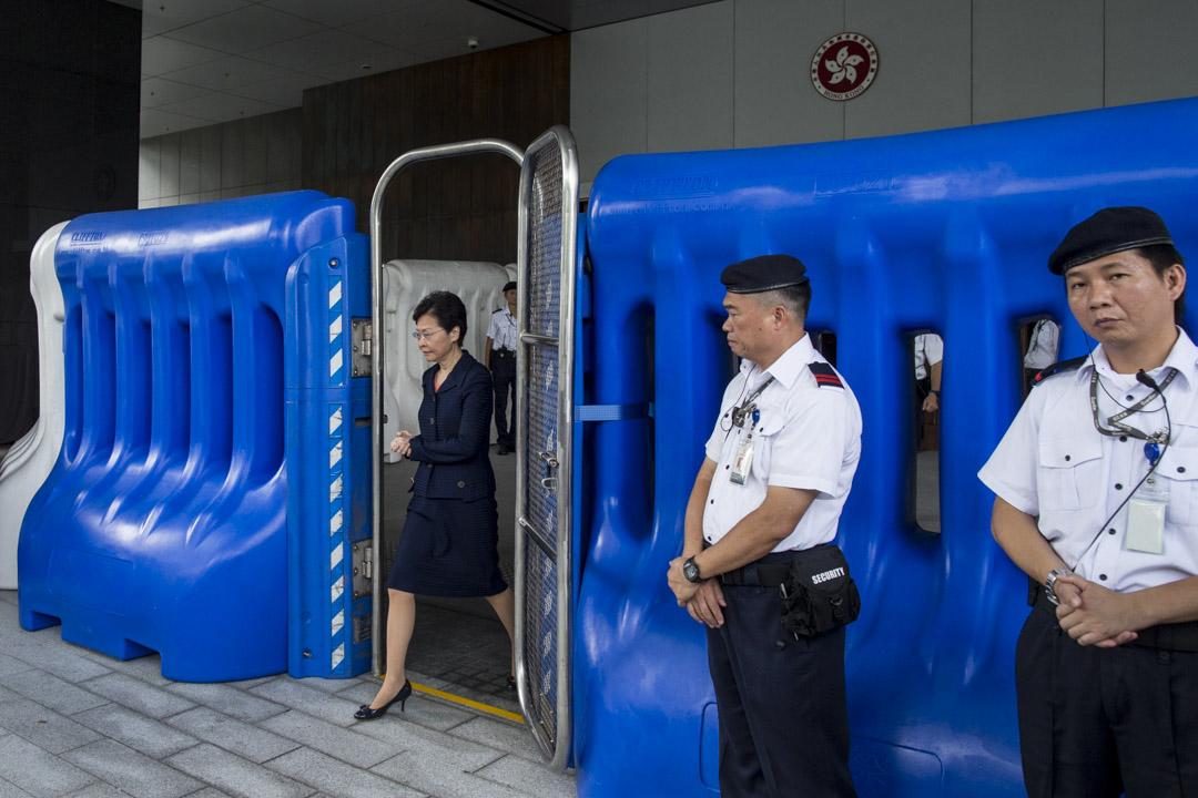 2019年8月20日,林鄭月娥出席行政會議前見記者。 攝:林振東/端傳媒