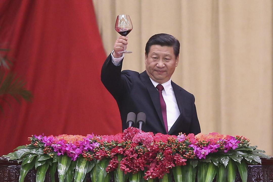 2012年特別是2018年以來,中國的確進入了一個前所未有的國家主義新時代,歷史上曾經有過的各種極權主義的制度模式,在中國經歷了四十年的改革開放之後,又演化出一個新的形態,一個以個人極權為核心的黨權主義,凌駕於國家和社會之上。