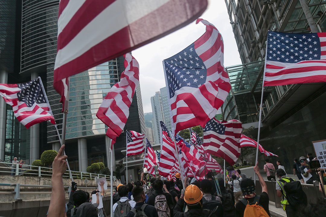 9月8日,參加香港人權與民主遊行的人群。