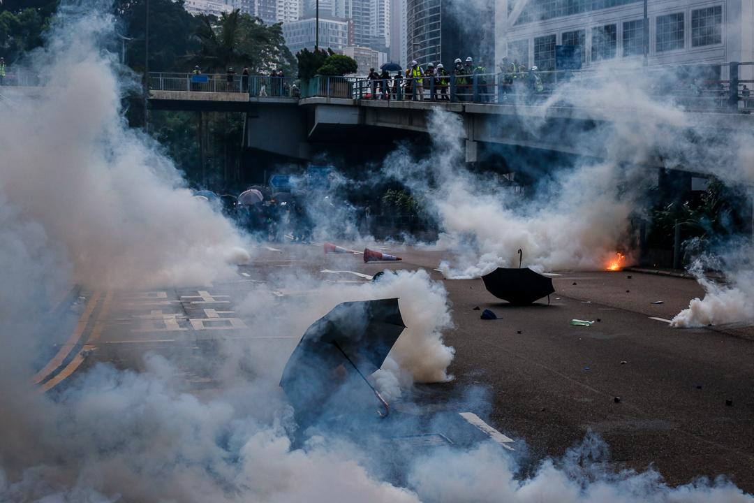 2019年9月29日,警方在遊行期間發射催淚彈。