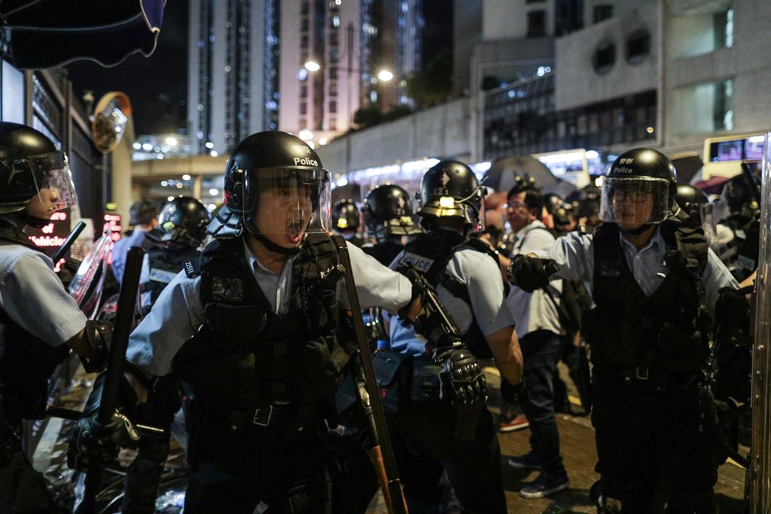 路透社再披露林鄭月娥上月底與商界就「反送中」運動進行閉門商討期間的錄音,其中林鄭月娥承認港府除了三萬警力之外甚麼都沒有,因此港府無論做甚麼都必須考慮警方的評估及反應。 攝:Stanley Leung / 端傳媒