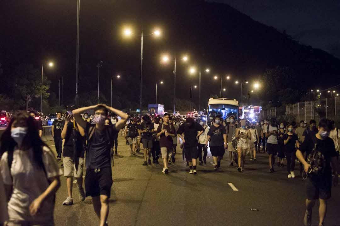 2019年9月1日,示威者沿北大嶼山公路步行往欣澳及青衣。