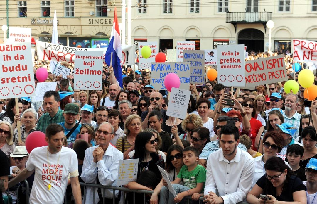 2016年6月1日,大約有4萬人聚集在廣場上:這是札格拉布有史以來第二大規模的抗議活動,沒有人預料到像教育這樣的問題會有如此高的參與度。