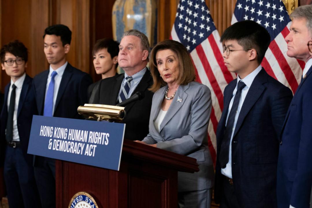 2019年9月18日,美國國會眾議長佩洛西(Nancy Pelosi)與香港代表公共出席記者會,表示支持香港人爭取民主和自由。 攝:Aurora Samperio/Getty Images