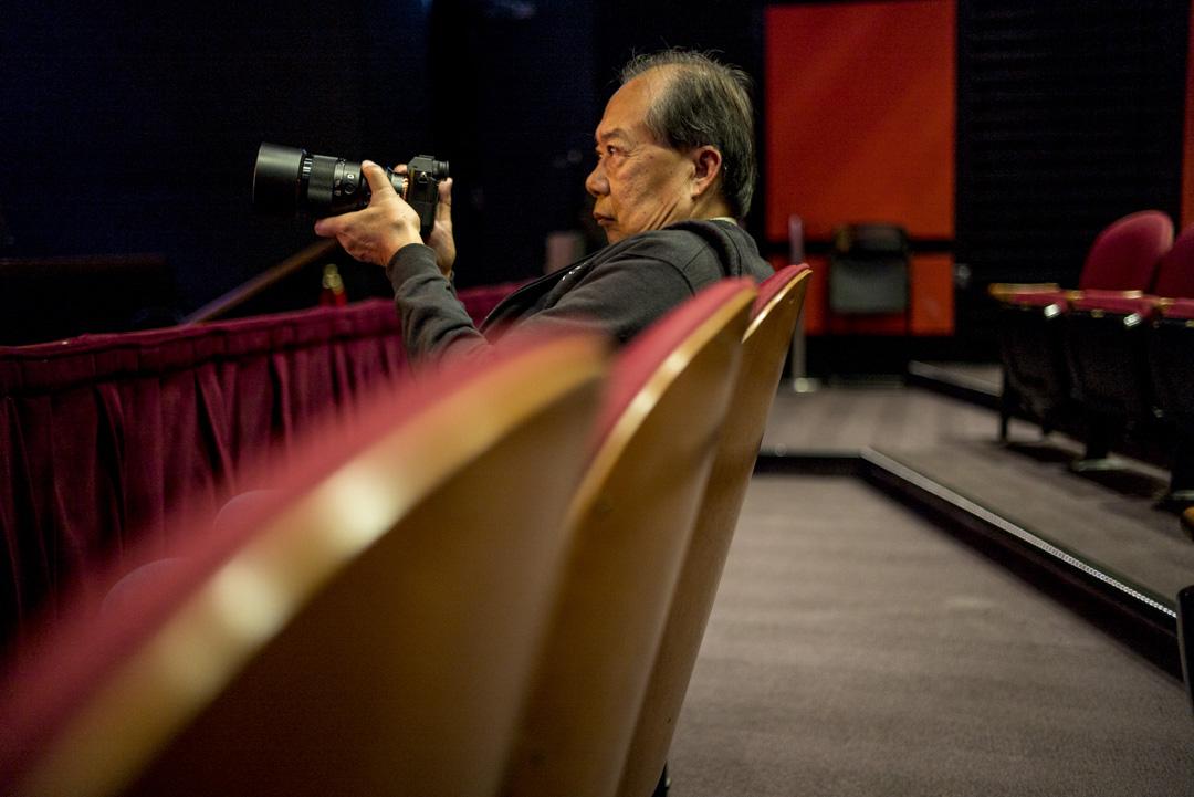 美國攝影家、堪薩斯大學退休華裔教授劉博智。