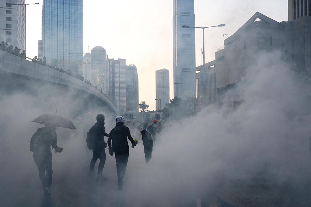 9月15日,下午6點左右,港島爆發警民衝突。