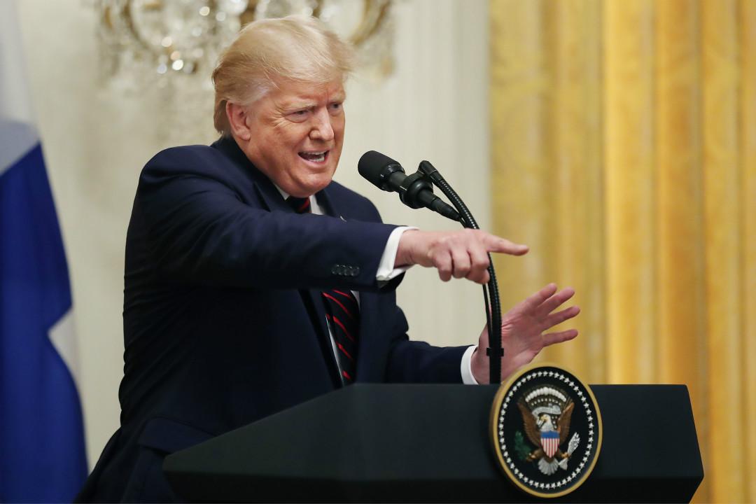2019年10月2日,特朗普與芬蘭總統在白宮舉行記者會,被追問有關彈劾調查的問題時表示憤怒。 攝:Chip Somodevilla/Getty Images