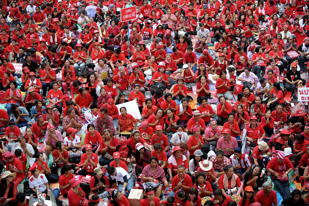 2010年,泰國爆發紅衫軍抗議活動。 攝:Christophe Archambault/AFP/Getty Images