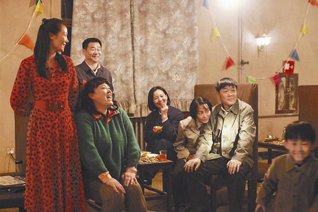 王小帥的柏林影展得獎片《地久天長》。