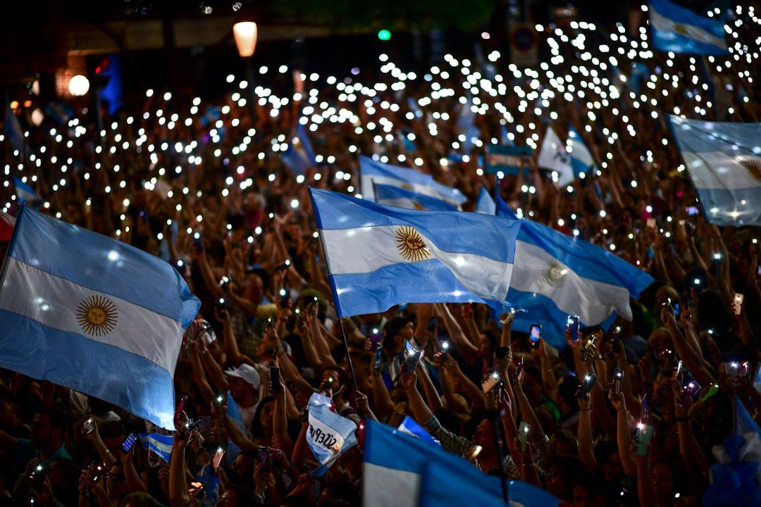 2019年10月24日,阿根廷現任總統及來屆總統候選人馬克里(Mauricio Macri)支持者在科爾多瓦發起造勢大會。 攝:Ronaldo Schemidt / AFP via Getty Images