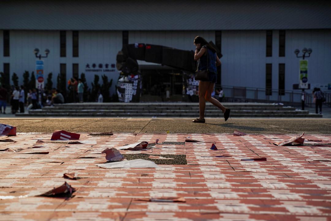 2019年9月27日,中大校園內貼滿反修例運動海報。