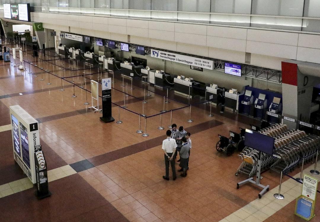 2019年10月12日,東京羽田國際機場的離境大廳空無一人。