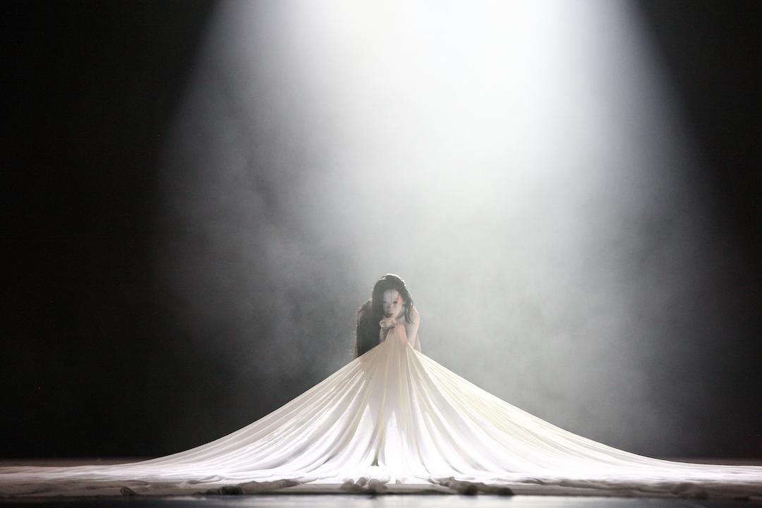 《潮》亦是林麗珍一個很重要的表演,她的生命跟海不能切割,她就將這個關係放在表演裏面。