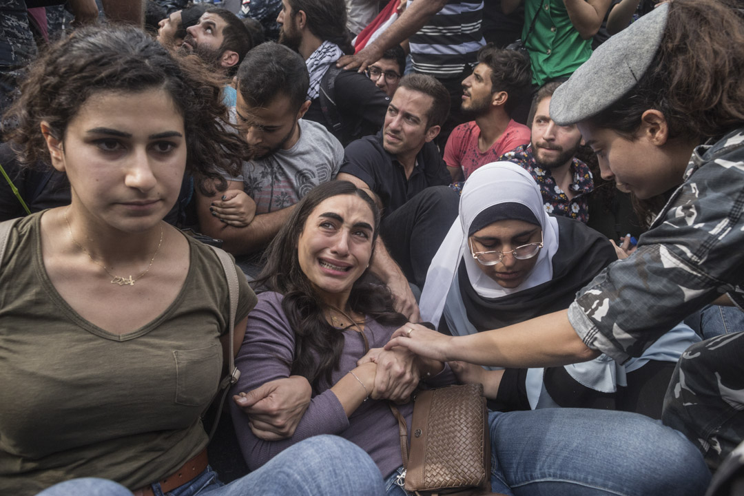 2019年10月26日,黎巴嫩貝魯特,警方強行對示威者進行清場。