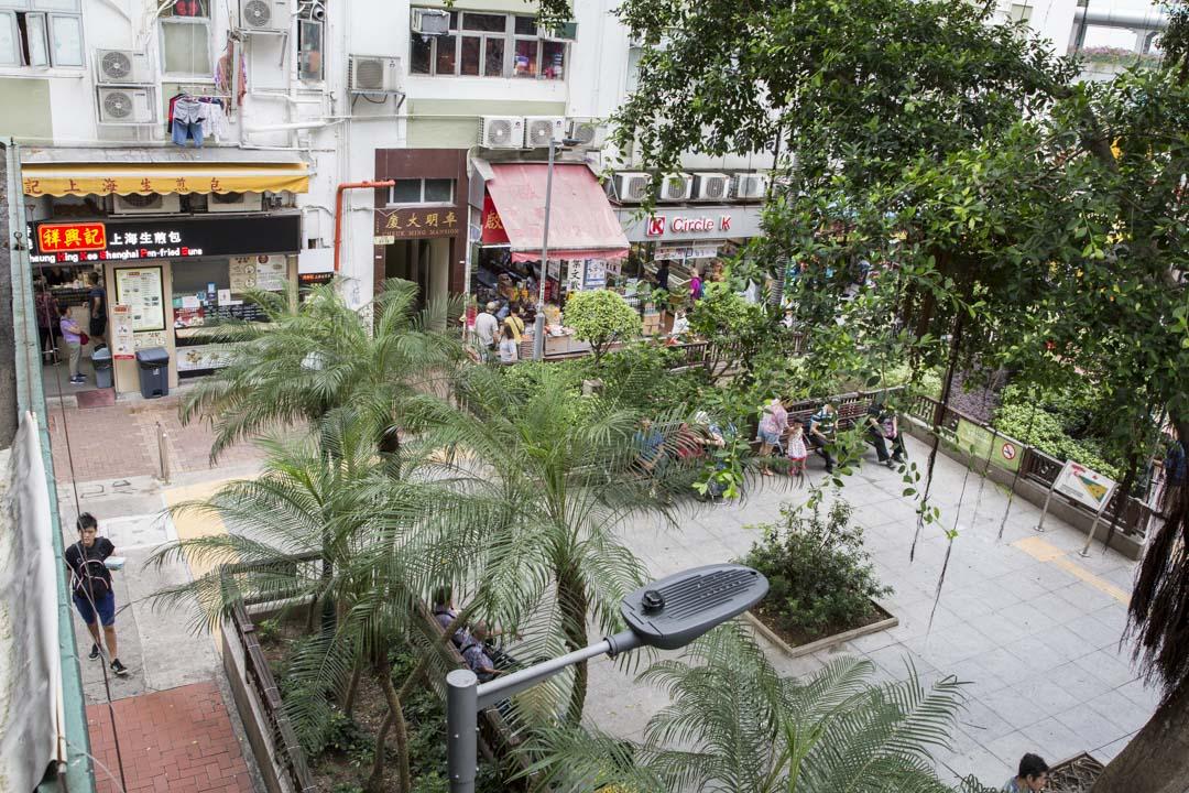 槍擊事發地——荃灣鱟地坊的祥興記上海生煎包店門口。