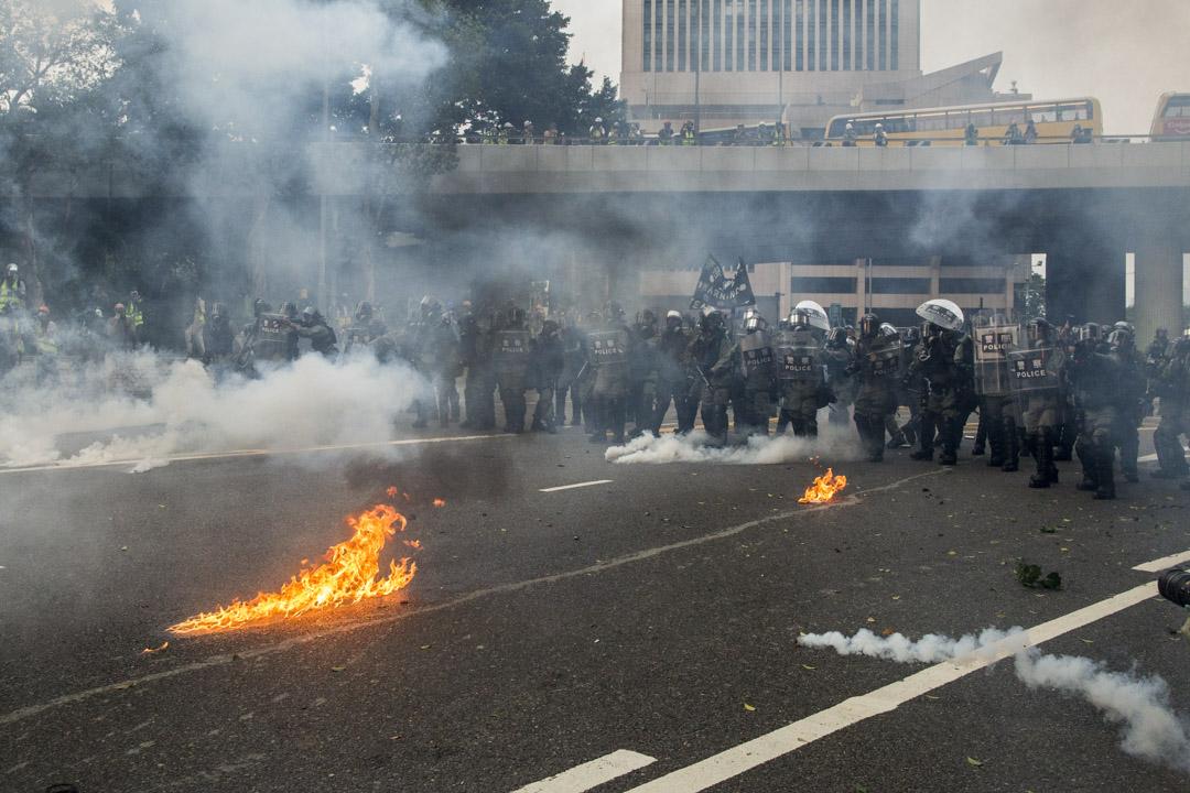 2019年9月29日,金鐘衝突現場的防暴警察。
