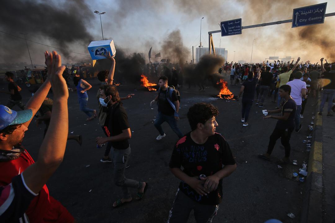 2019年10月,伊拉克爆發街頭衝突。 攝:AHMAD AL-RUBAYE/AFP via Getty Images