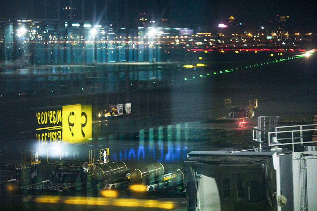 台北松山機場。