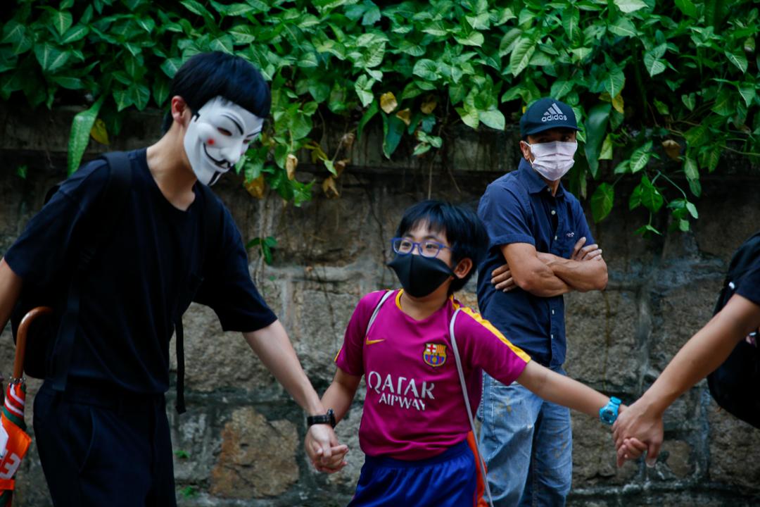 2019年10月5日,反對禁蒙面法的市民在尖沙咀聚集。
