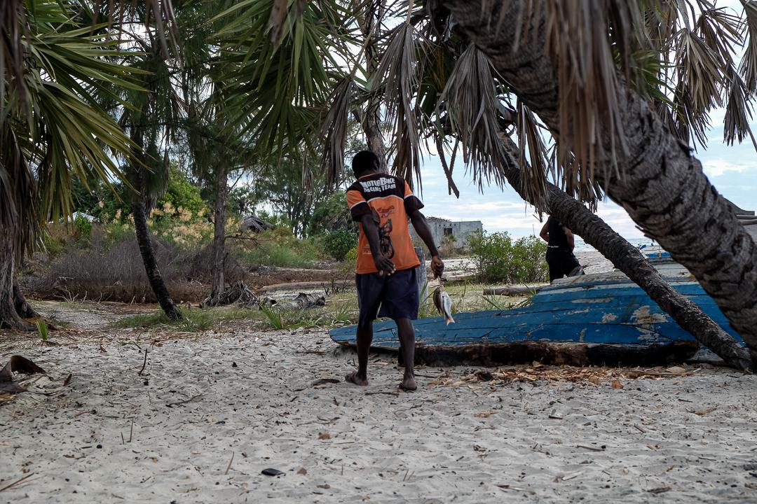 馬達加斯加傳統漁民近海捕魚面臨的壓力越來越大,漁民們漸漸從南往北遷移。