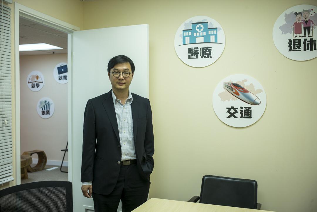 香港智庫「一國兩制青年論壇」的主席何建宗。
