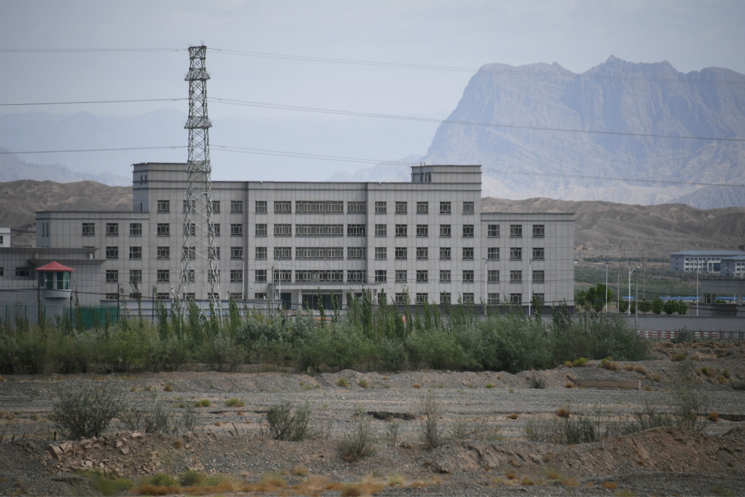 2019年6月2日,中國新疆喀什市以北的一處「再教育營」。