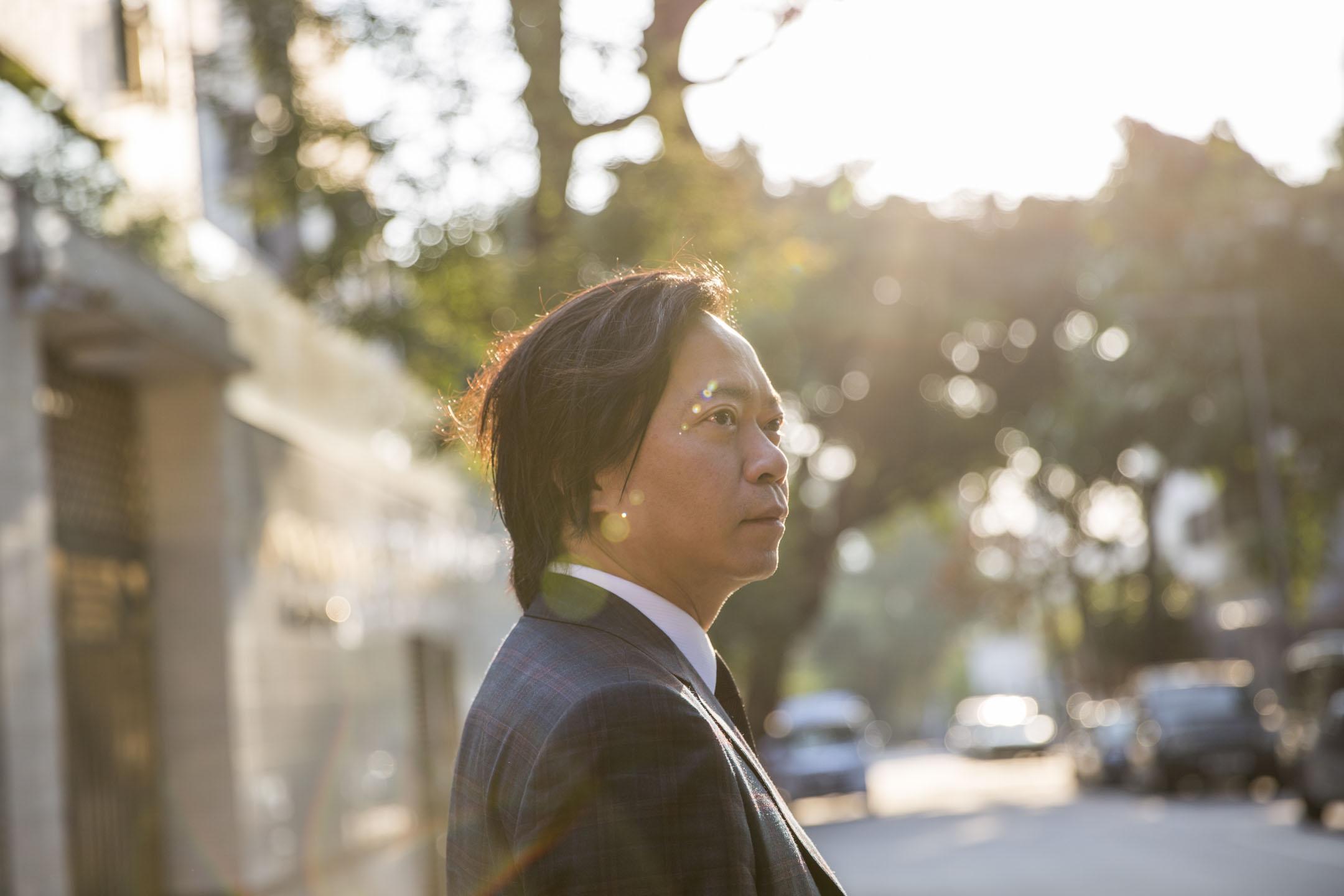 51歲的劉偉聰是反修例運動中其中一位義務大律師,八月他決定參選今屆區議會,成為深水埗又一村選區候選人。