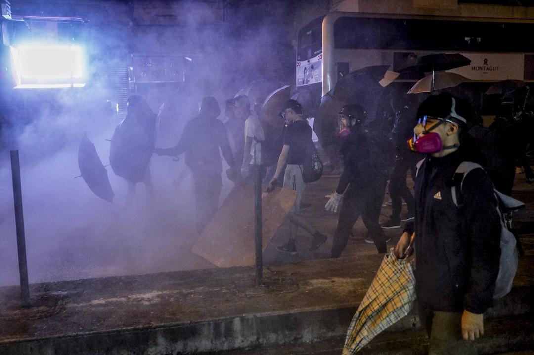 11月11日,旺角現場的示威者。