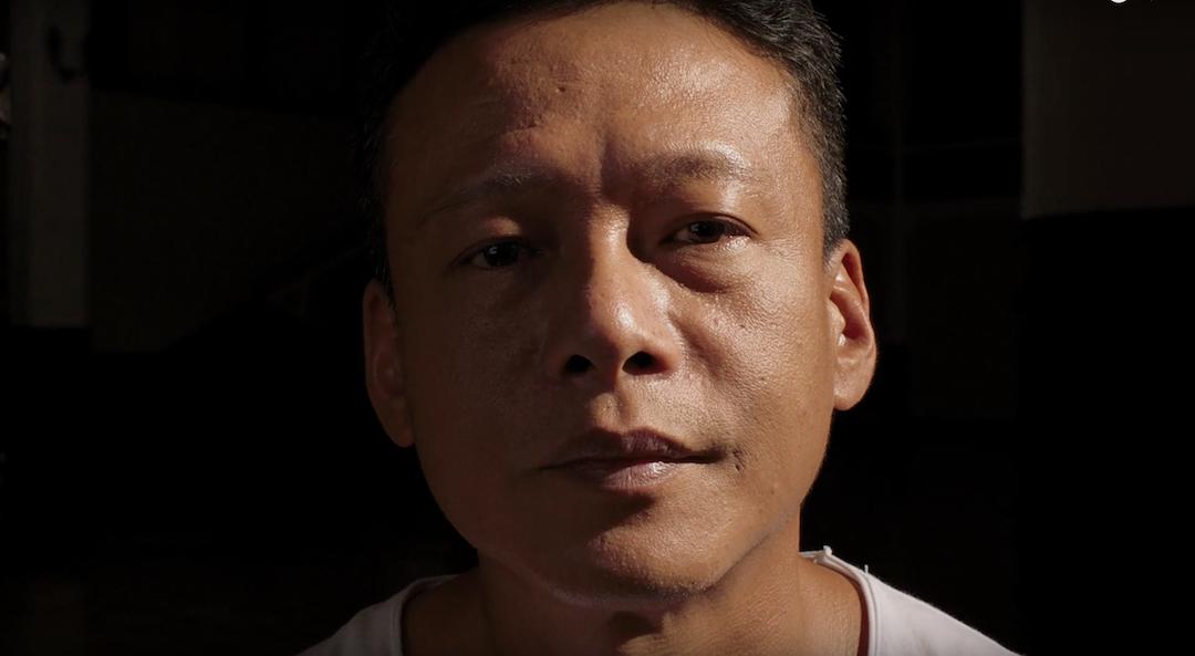 《你的臉》電影內演員李康生的大特寫