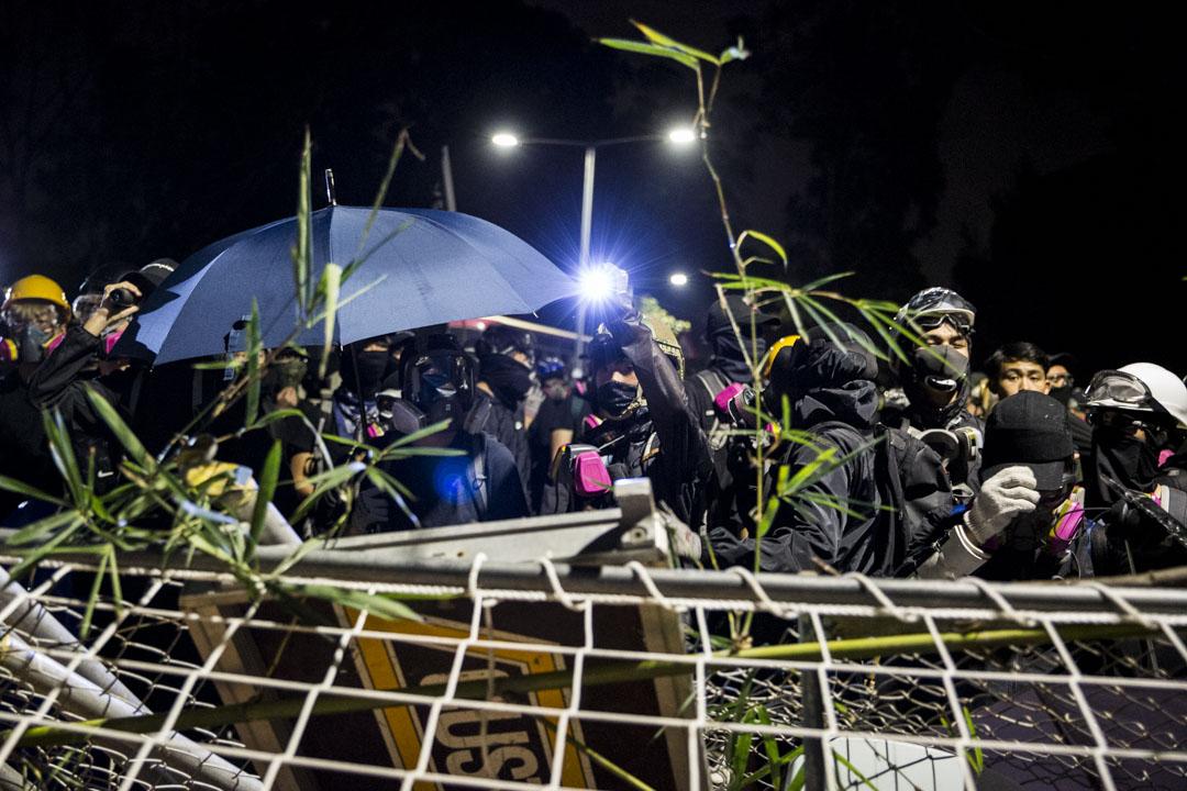 2019年11月12日,香港中文大學的示威者。 攝:林振東/端傳媒