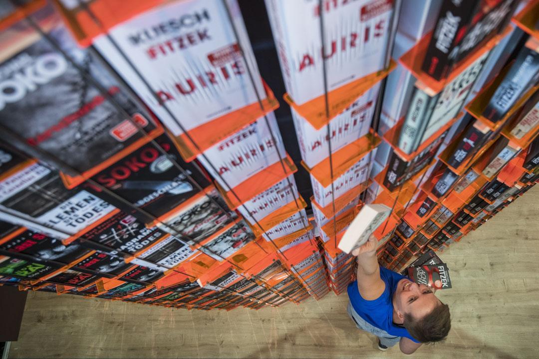 2019年的法蘭克福書展,如約十月舉行,這個齊集104國家、7450參展商的國際最大型書展,既是資本流動的交易場,也是世界文化思考趨勢的風向標。