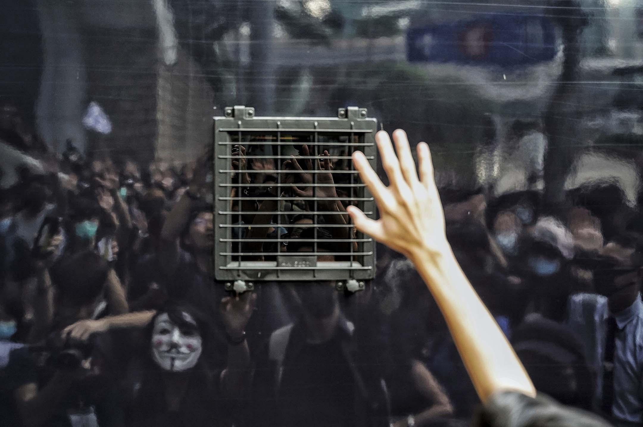 2019年10月9日,在高等法院聲援梁天琦的市民。