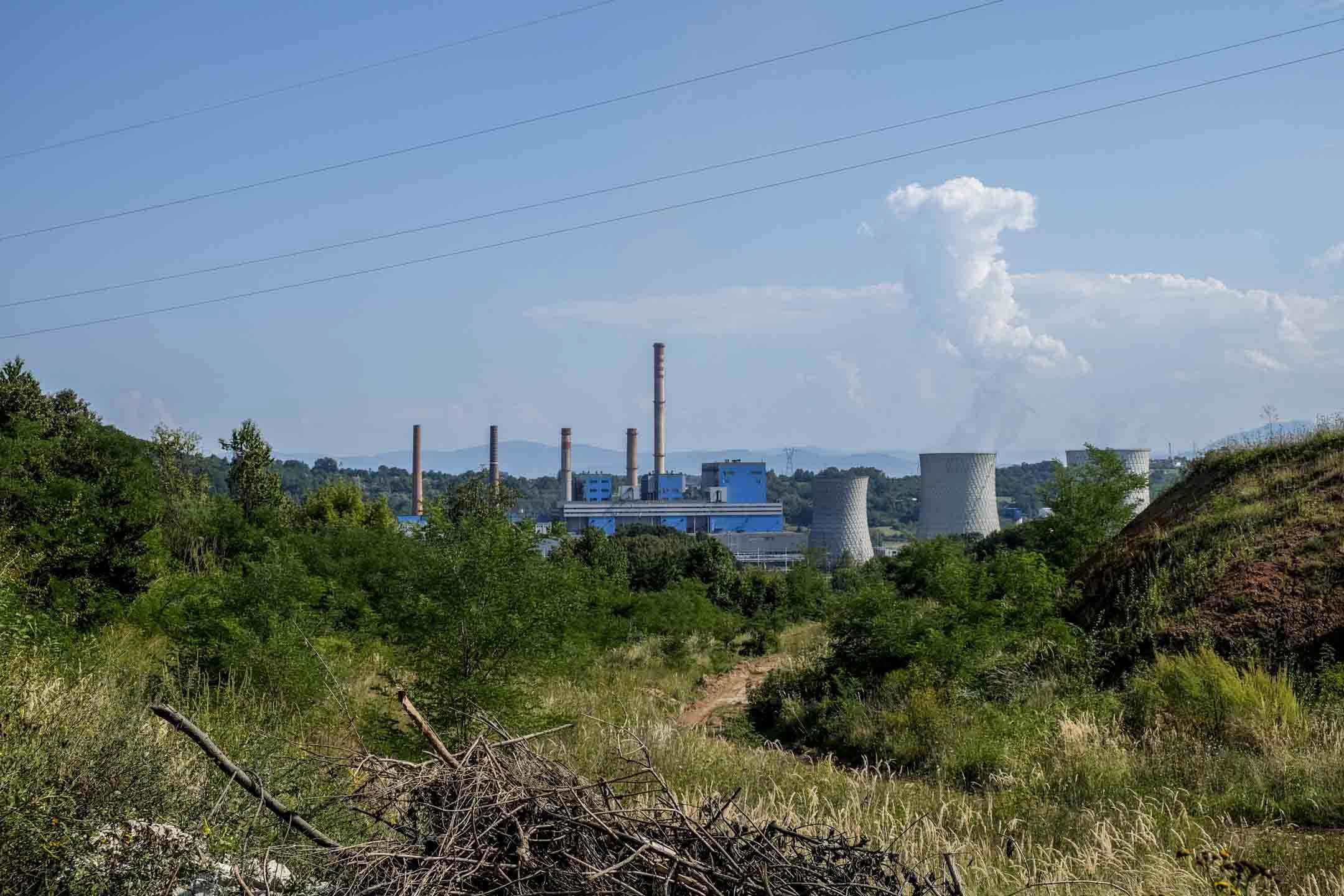 由塞爾維亞公司運營的斯坦納瑞是波黑第一間私有煤電廠,這裏廉價的褐煤降低了電廠的成本,使其能用更低的價格銷售到歐洲能源市場上。 攝:甯卉/端傳媒