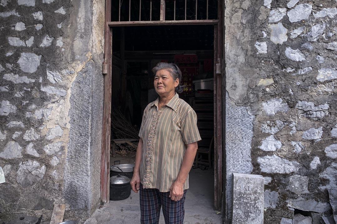 清塘村的貧困戶唐子玲。