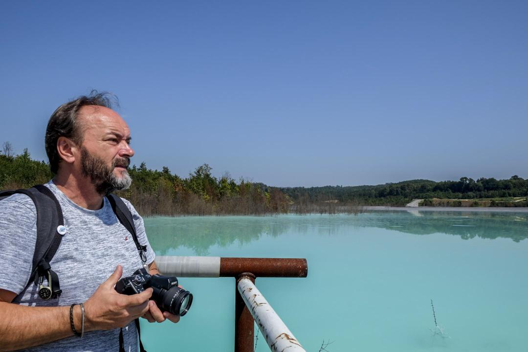 丹尼斯(Denis Žiško)是圖茲拉非政府組織生態和能源中心的總監,追蹤圖茲拉電廠的環境影響已經6、7年。