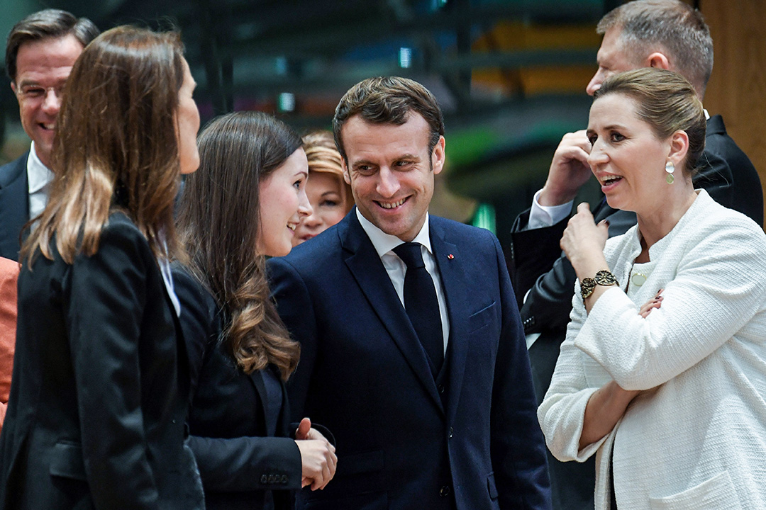 2019年12月12日,芬蘭總理馬林,法國總統馬克龍和丹麥總理梅特·弗雷德里克森在布魯塞爾的歐盟峰會前談話。