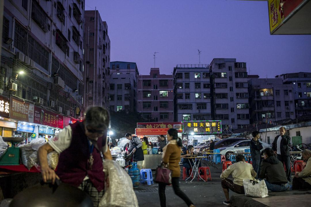 今年城中村的租賃情況是深圳建市40年來最糟糕的一年,存在不同程度的空置情況最大的原因是因為廠房搬遷、工作崗位沒了,人口流失所引起。