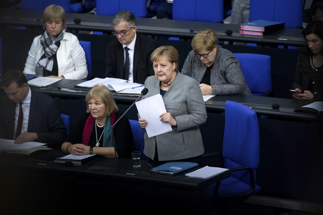 2019年12月18日,德國總理默克爾(Angela Merkel)出席聯邦議院會議。 攝:Bernd von Jutrczenka / picture alliance via Getty Images