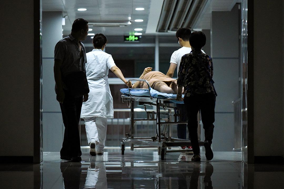 2018年7月31日,一名病人在中國的醫院。 攝:Wang Zhao/AFP via Getty Images