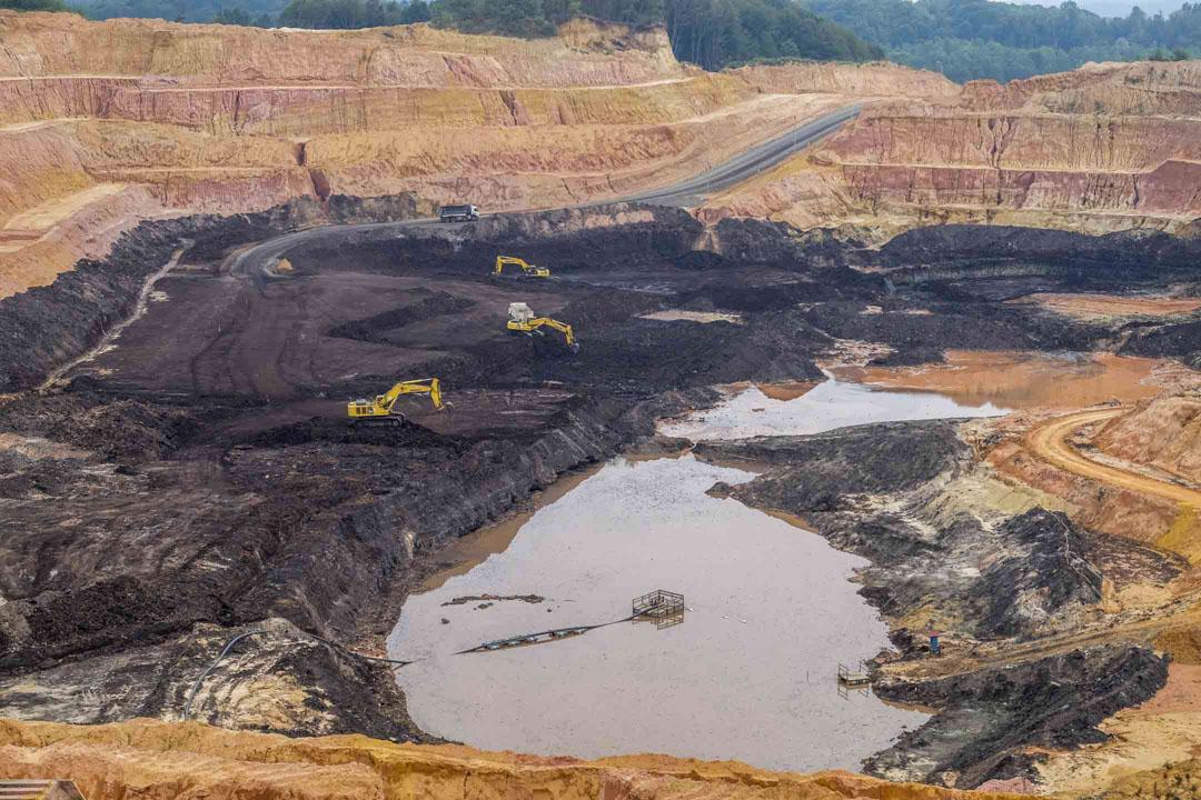 斯坦納瑞的露天煤礦區。