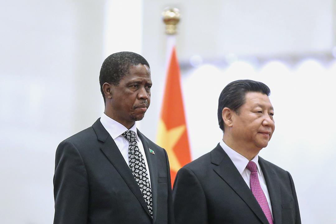2015年3月30日,中國國家主席習近平與贊比亞總統埃德加·倫古在北京會面。