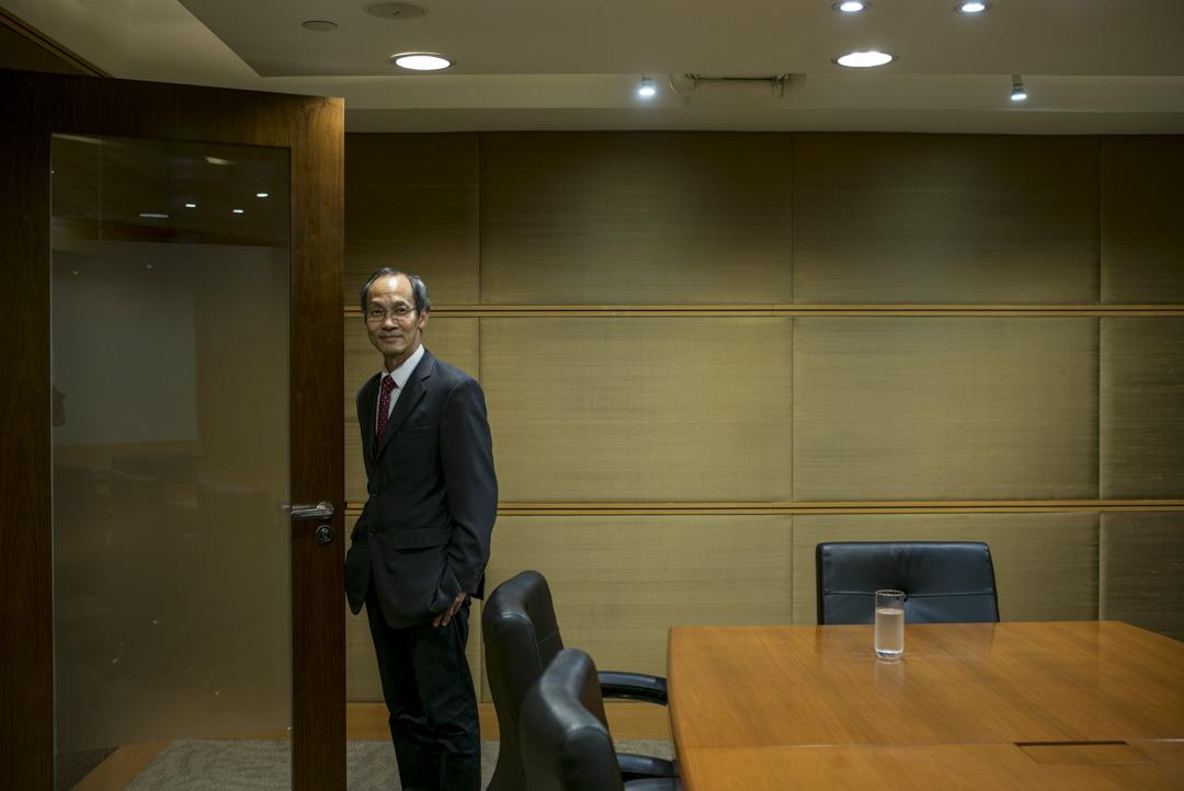 2019年12月23日,鍾庭耀在新成立的「香港民意研究所」辦公室。